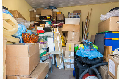 moving, things packed in boxes and packages lie in a small room